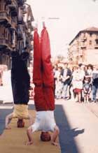 stage acrobatica coi trampoli